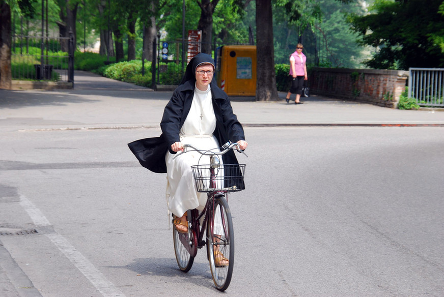 Nun rowerze
