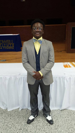Bradwell's Scholarship Winner