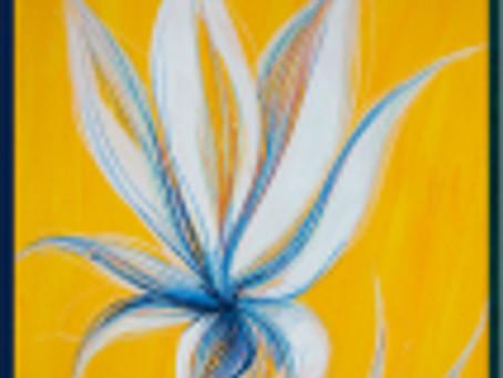 flori albe pe fond galben