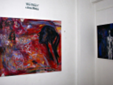 "foto de la vernisajul expozitiei "" OPEN STUDIO – Alina Manole"""