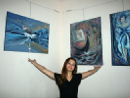 "foto de la expozitia "" IMPRESII- pictura ca un jurnal"" gazduita de ceainaria Ceai et cae"