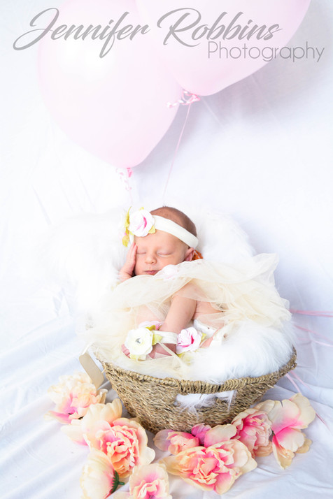 Riley Newborn 2018 (1 of 1)-6.jpg