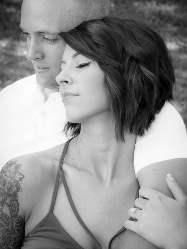 ENGAGEMENT PICTURES-73 (1).jpg