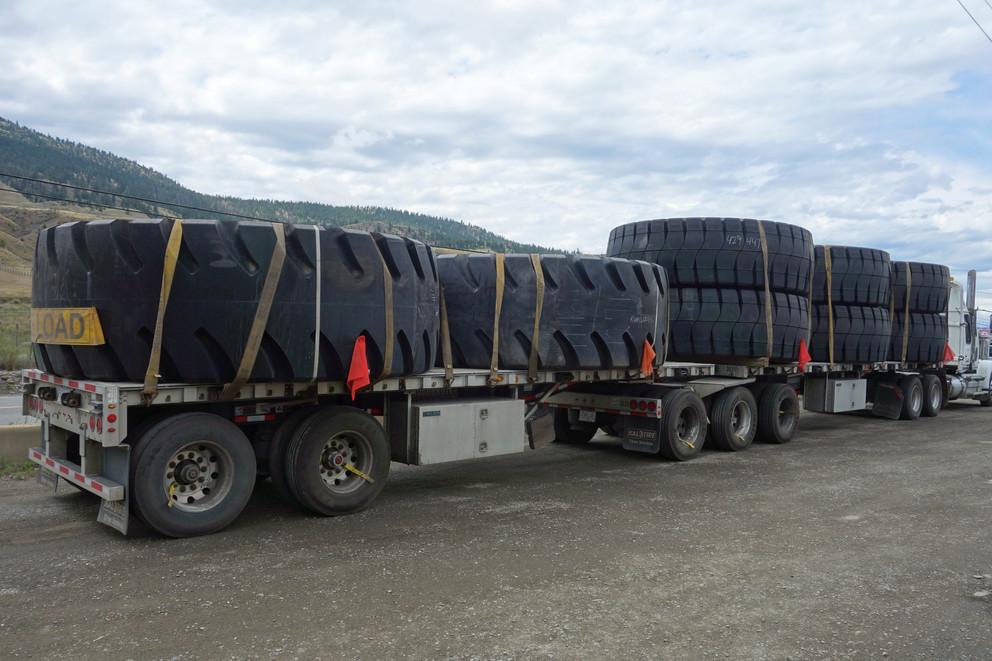 truck-2974484.jpg