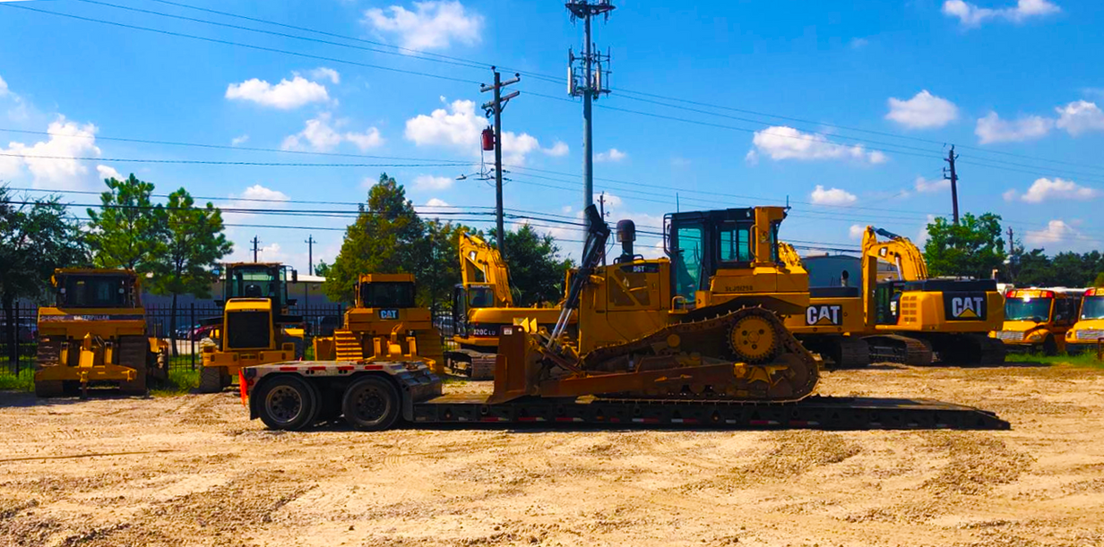 Cat D6T delivered to Houston TX.PNG