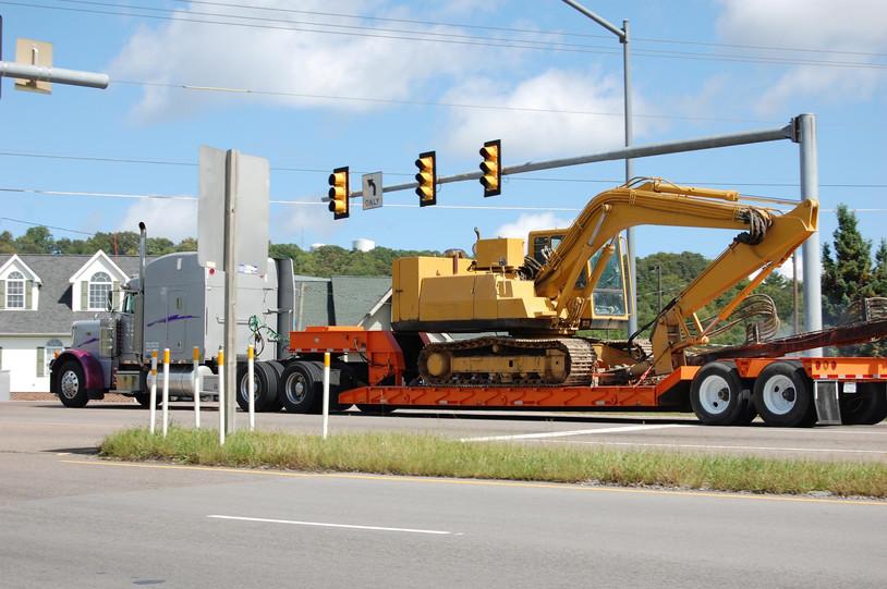 trucking-2485293.jpg
