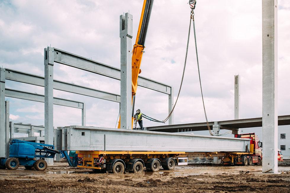 installation-process-of-prefabricated-concrete-bea-P5826VC.jpg