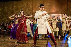 dancers-in-indian-wedding.jpg