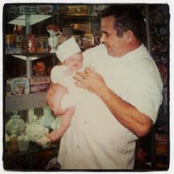 l'Avi Miquel i l'Adan amb 11 mesos