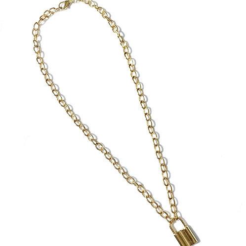 Colar cadeado P Dourado
