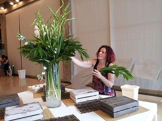 סידור פרחים במוזיאון תל אביב