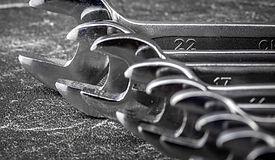 wrench-4631364_1920_edited.jpg
