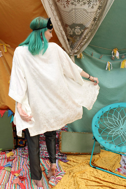 90s Silky White Rose Robe