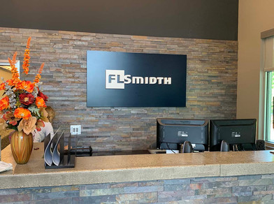 FLSmidth reception sign_webz.jpg