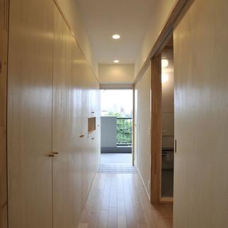 新宿区A邸_玄関ホール02.jpg
