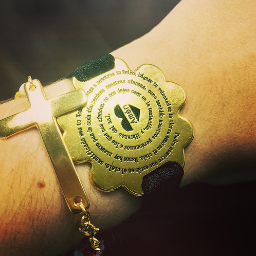 """Elastic bracelet with """"Padre Nuestro"""" engraved - Gold finish"""