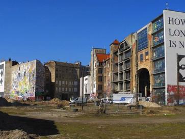 Baustart in Mitte - Berliner Tacheles wird zu neuem Stadtquartier ausgebaut