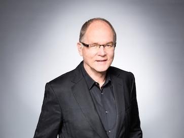 Interview: Prof. Lutz Engelke