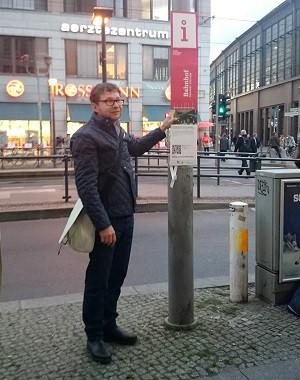 Guide Friedrichstraße DIE MITTE eV Berlin Laternen