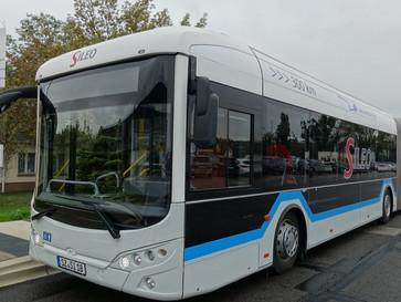Berliner Verkehrsbetriebe testen 18 Meter langen E-Bus