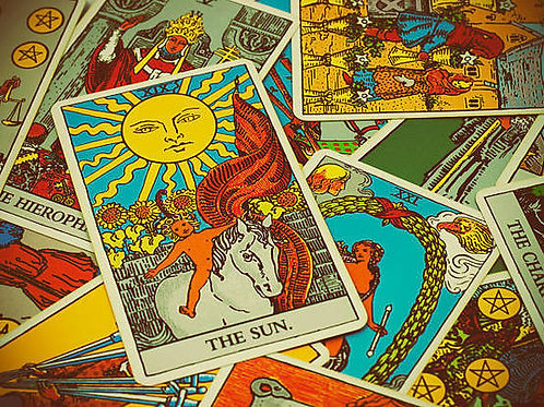 Mapa astral e leitura de tarô/cartas