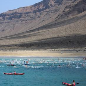 Traversía a nado el Río (Swimming Race)