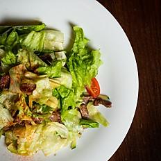 Теплый салат с телятиной
