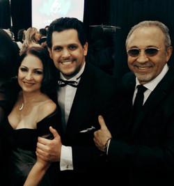 Gloria Estefan, Gabriel Mores & Emilio Estefan en el Latin Songwriters Hall of Fame