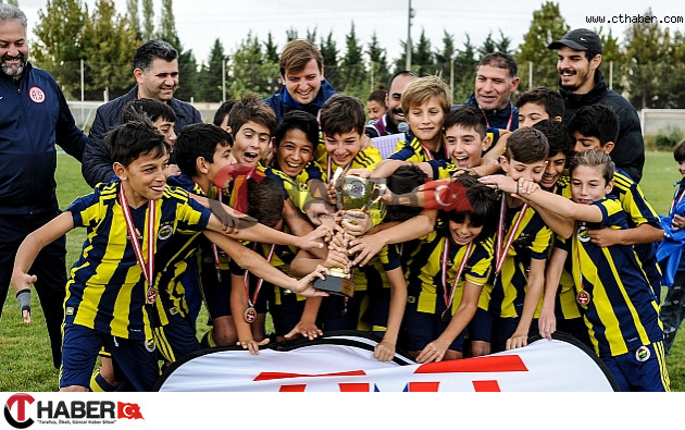 1. Kapadokya Cup U12 Şampiyonu Fenerbahçe Oldu