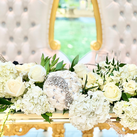 Deluxe Sweetheart Table