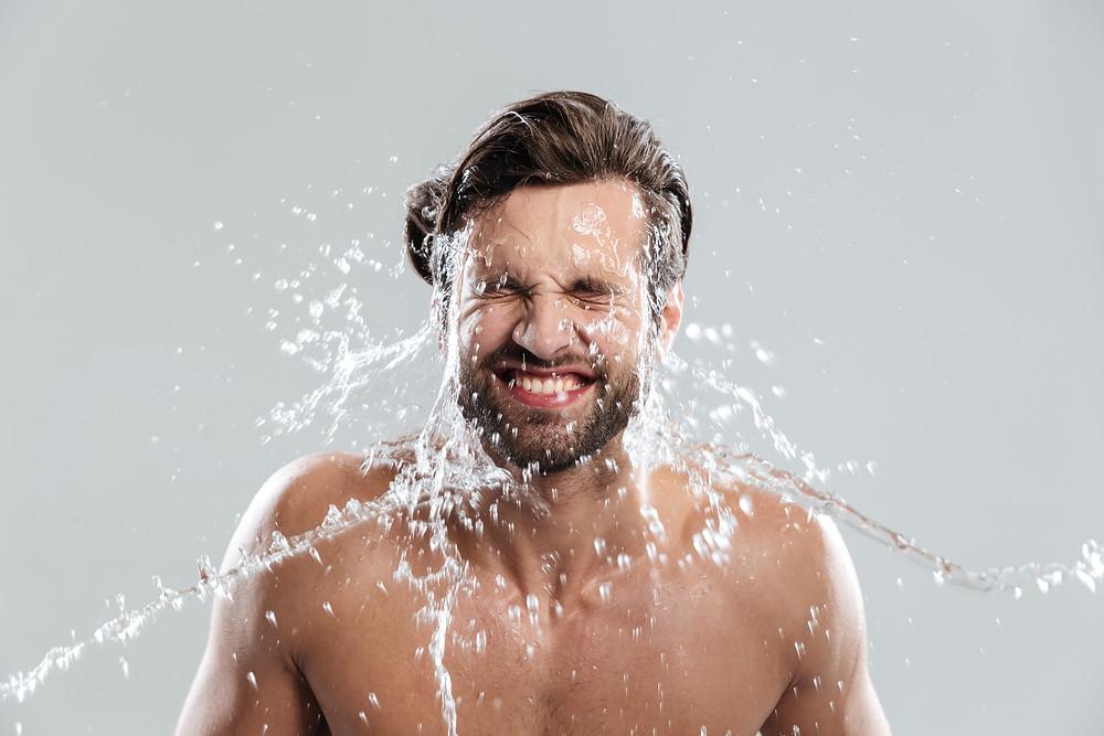 שתה מספיק מים לריכוך הזקן