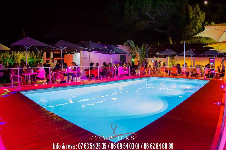 Accueil galerie photo les templiers resto club aix en provence for Restaurant avec piscine aix en provence