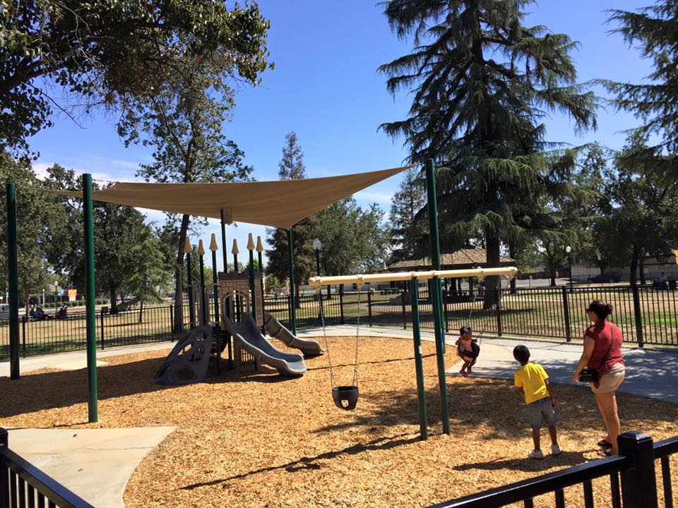 Lincoln Oval Park Playground