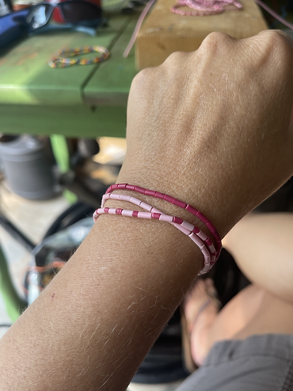 ♻ Electrical Wire Breast Cancer Awareness Stretch Bracelets