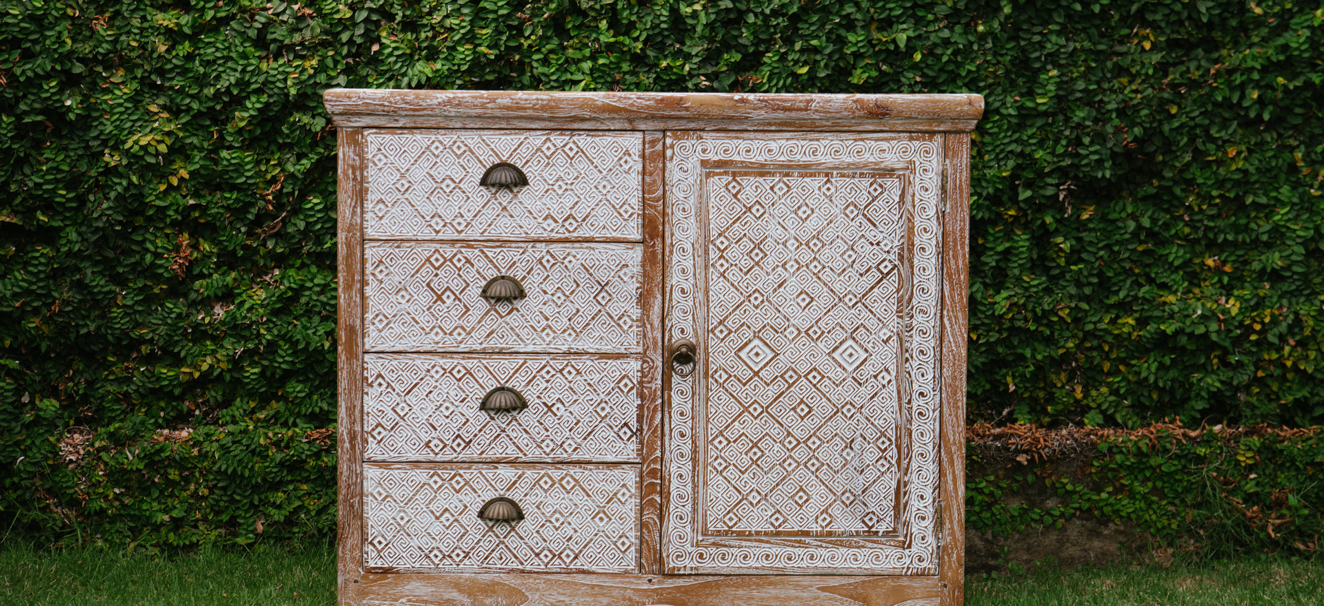 small drawer H90cm x W55cm x L105cm