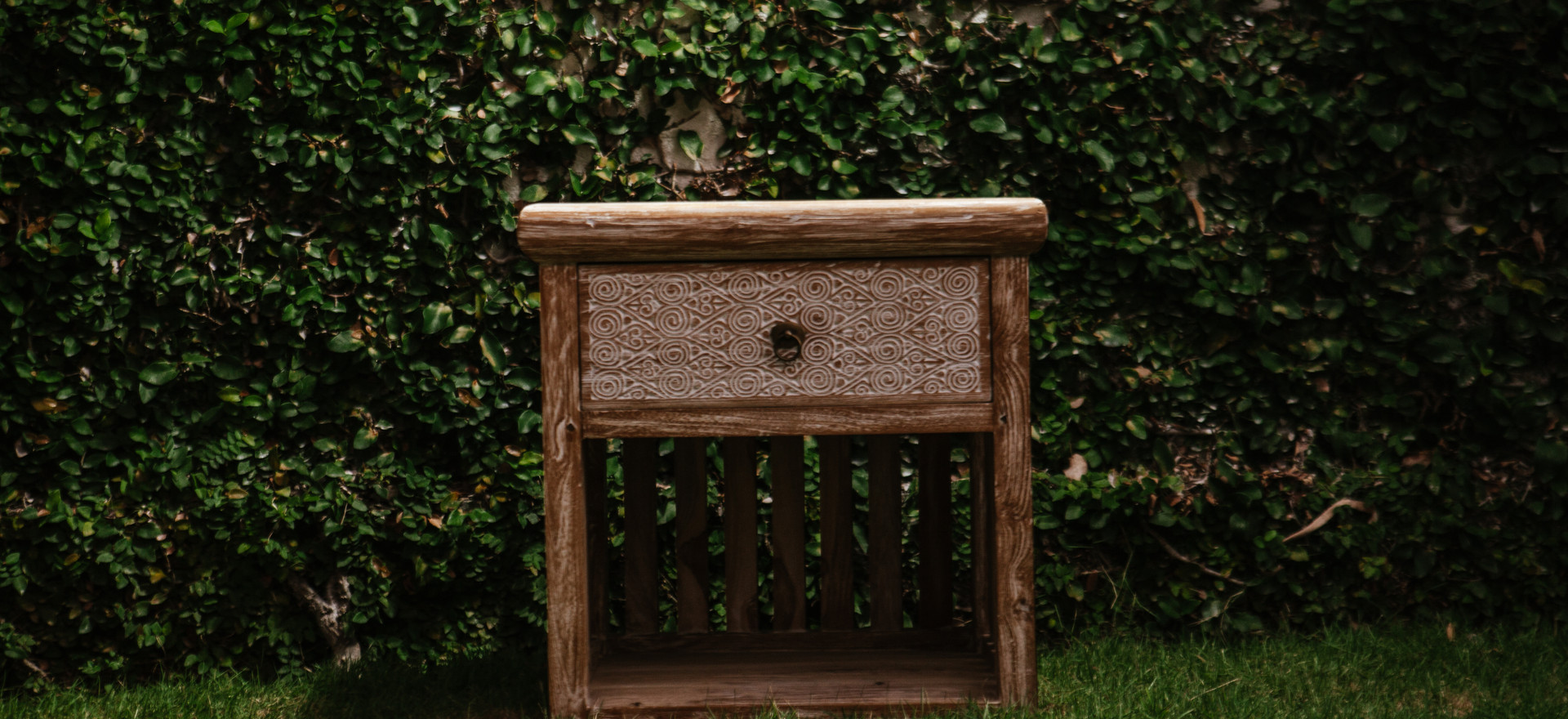 NATURA bed side table