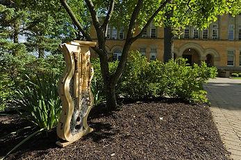 bee-hotel-sculptures-by-Denison-Universi
