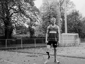 UK: Photographs of Olympic Sprinter Jonnie Peacock to Help Raise Awareness of Meningitis