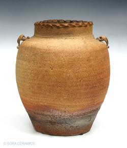 Kozan earthen vase