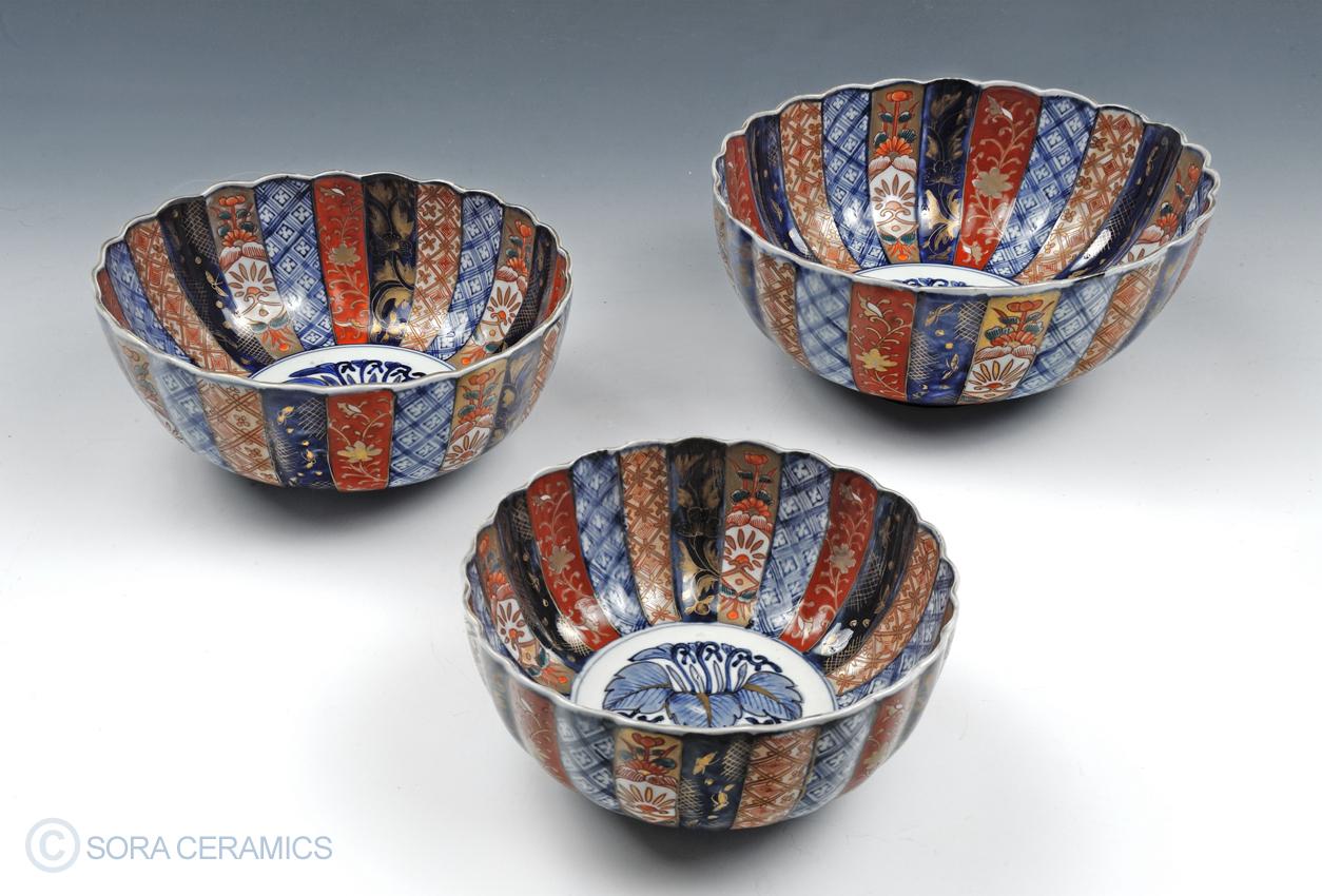 Imari nesting bowls