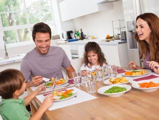 6 tips para sobrevivir la hora de comida con hijos pequeños