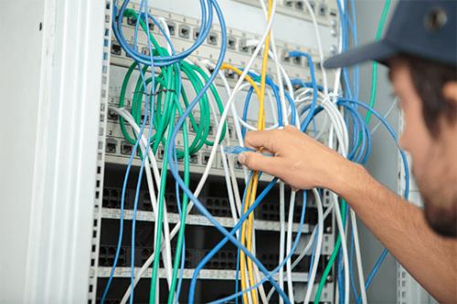 Server Hardware Technicians