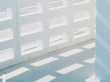 1st mini album 「プールサイドに花束を。」