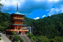 temple-1841296_1920.jpg