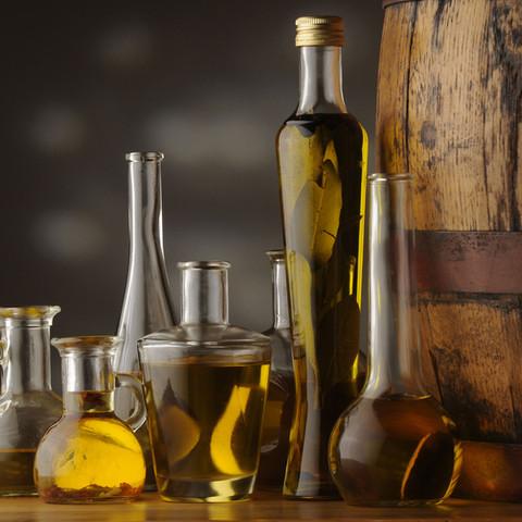 Feine Essige & Öle