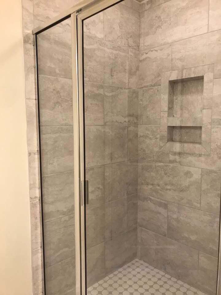lot 12 lennox master shower