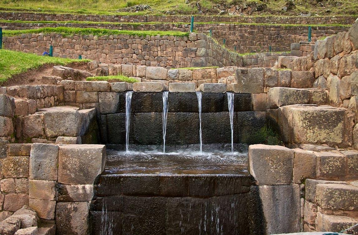 Ancient-water-spouts-at-Tipon.jpg