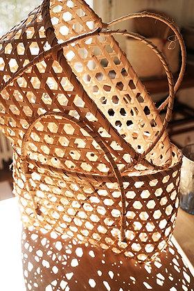 Panier ajouré en bambou