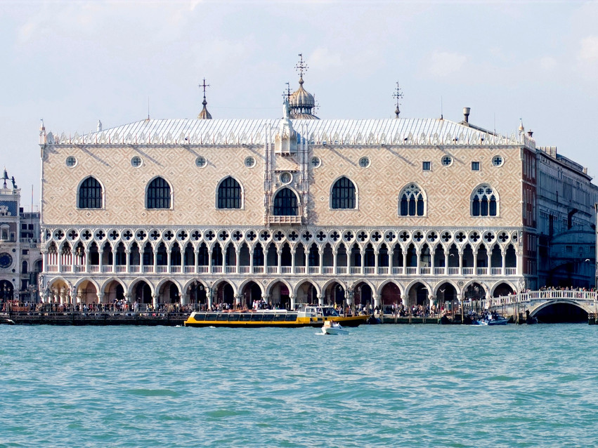 visiting the doges palace in Venice