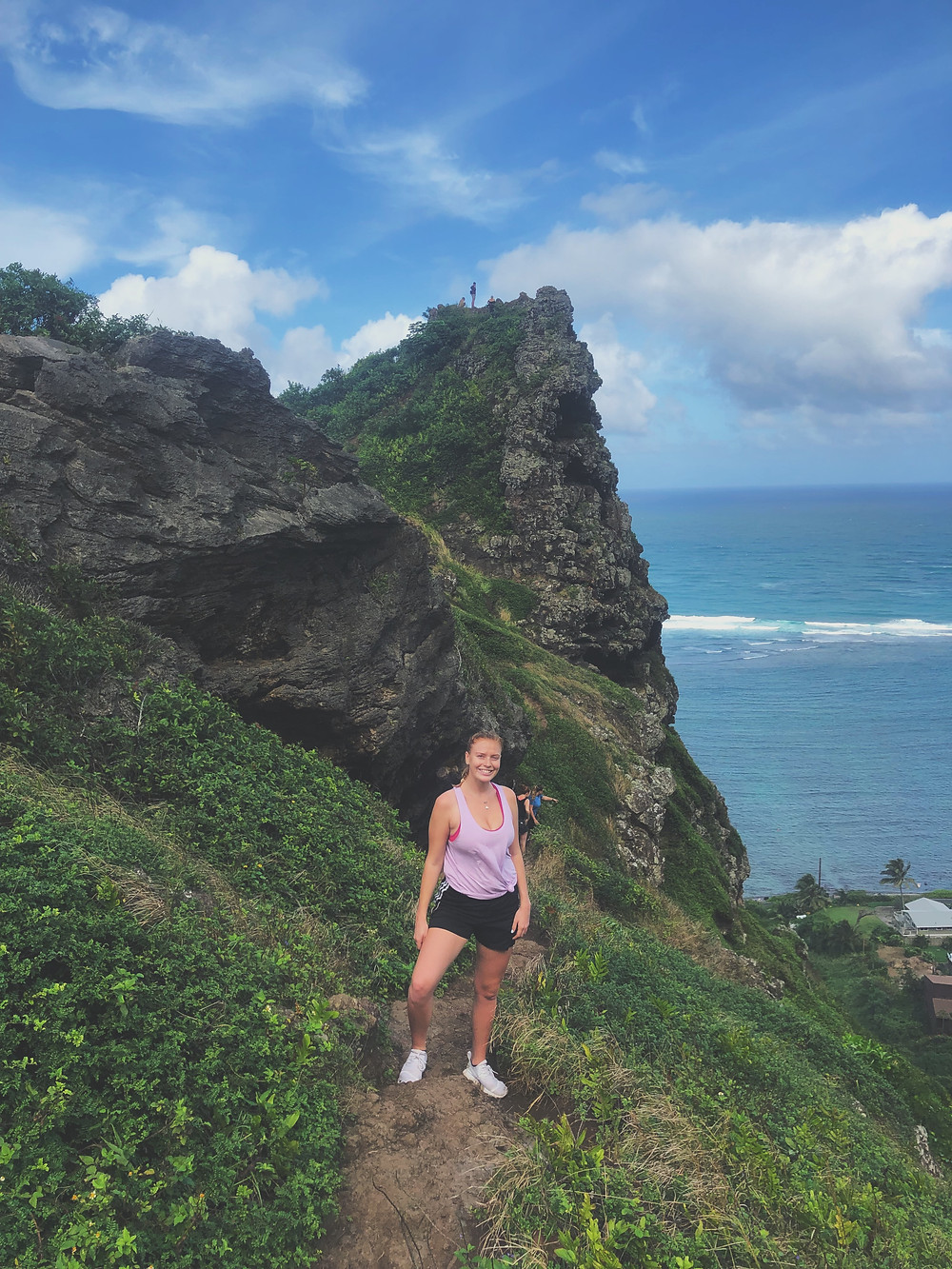 hiking trail on oahu vacation